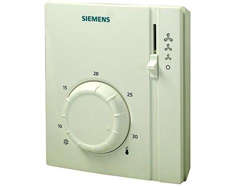 Prostorový termostat pro dvoutrubkový fan-coil Siemens RAB 21